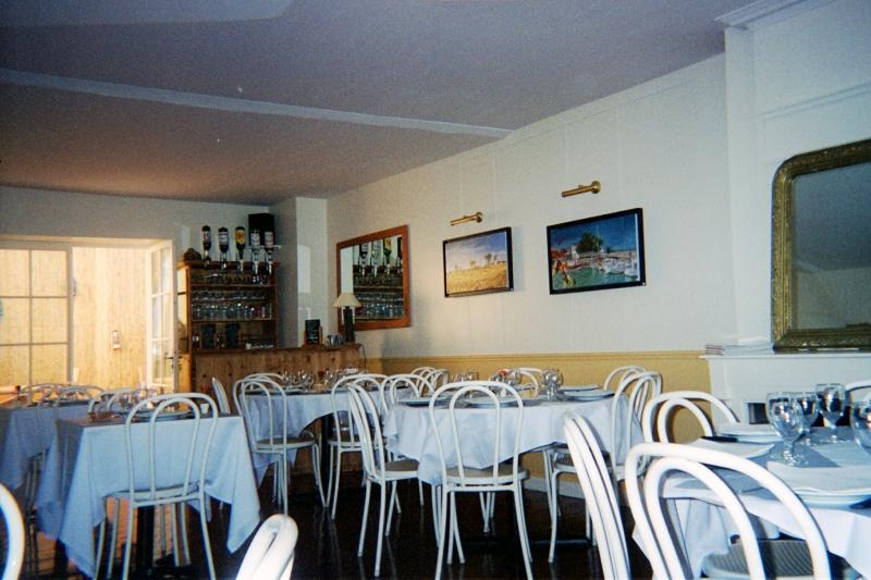 r novation d 39 un restaurant montmorency taverny saint leu. Black Bedroom Furniture Sets. Home Design Ideas